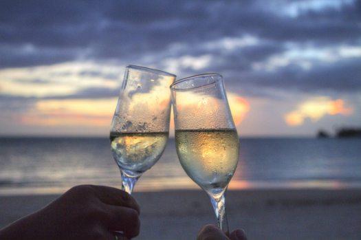 sea-sunset-beach-couple (2)